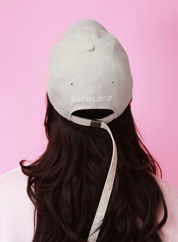Extra Long Strap BADBLOOD BALLCAP - BEIGE Extra Long Strap BADBLOOD 볼캡 - 베이지