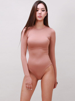 JENNER LONG SLEEVE BODYSUIT - NUDE PEACH 제너 바디수트 - 누드피치