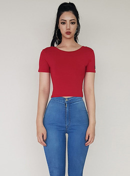 JENNER SCOOP NECK 1/2 CROPPED TOP - RED 제너 스쿱넥 1/2 크롭탑 - 레드