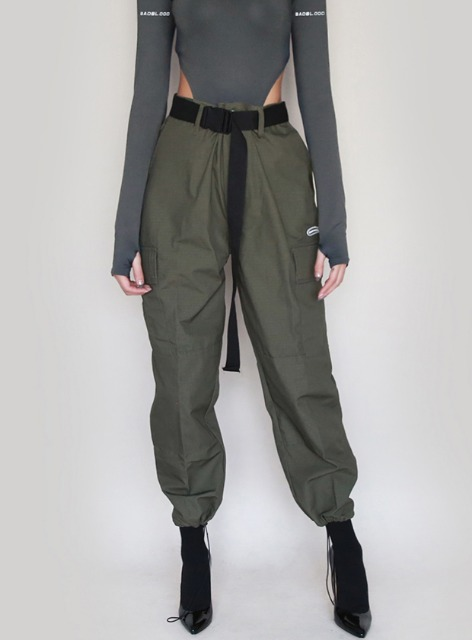 CLARA TWILL CARGO JOGGER TROUSERS - ARMYGREEN 클라라 트윌 카고 조거 트라우져 - 아미그린