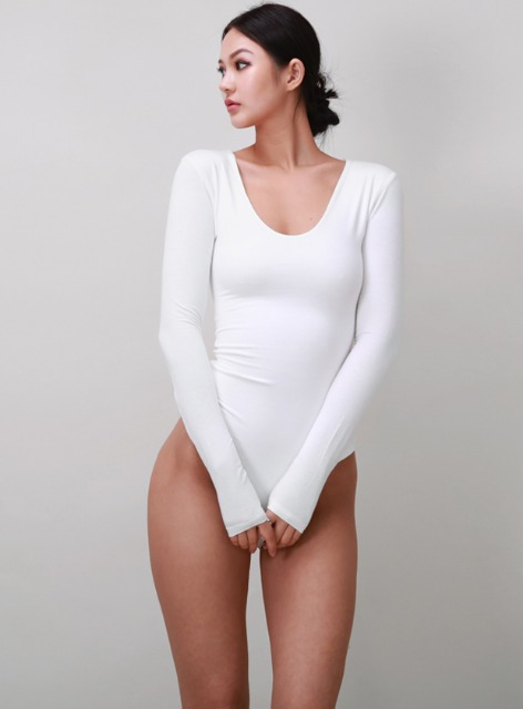JENNER LONG SLEEVE U NECK BODYSUIT - CREAM 제너 긴팔 유넥 바디수트 - 크림